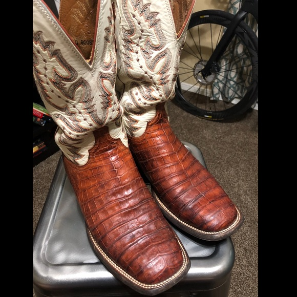 23309884560 Lucchese caiman ultra belly square toe boots